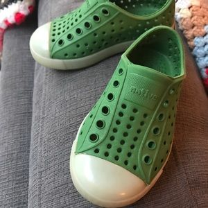 Other - Glow in the dark green natives